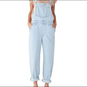 NWT Levi's Baggy Light Denim Overalls M or XS